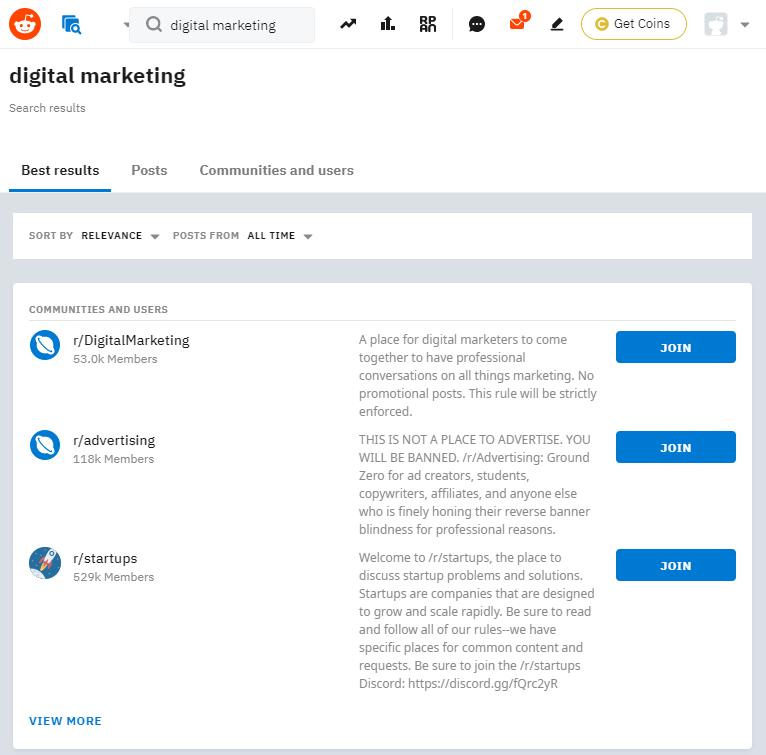 Je kunt ook reddit gebruiken om aan zoektermen onderzoek te doen.